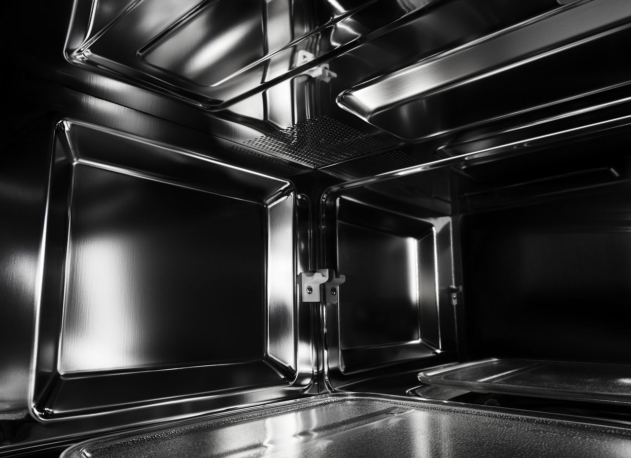 The 4 Reasons Why Your Microwave Might Stop Spinning ...