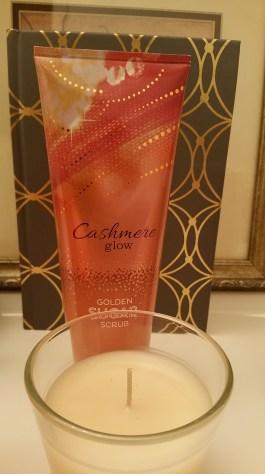 Cashmere Glow Golden Sugar Scrub
