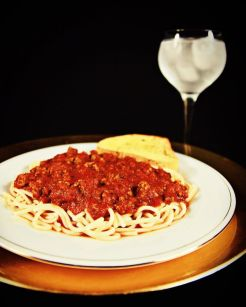 Spaghetti with Meat Sauce and Texas Toast