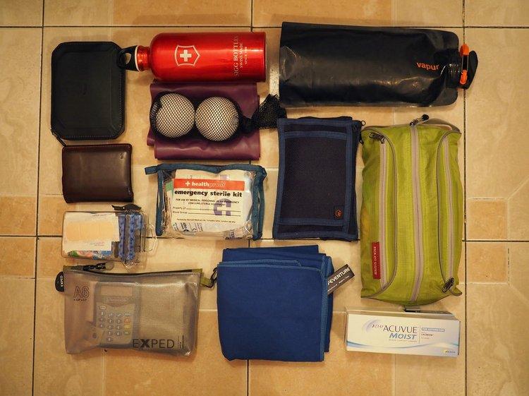 2 travel tips pack list
