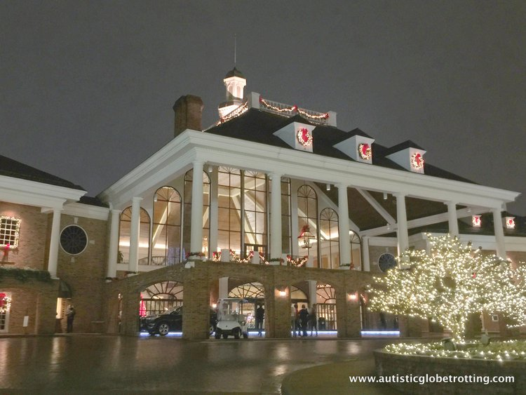 Christmas Stay at the Gaylord Opryland Hotel building