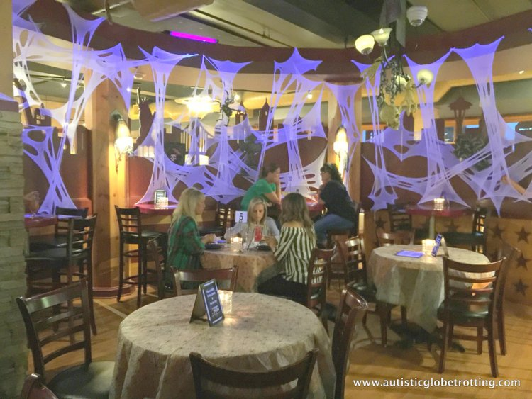 The Knott's BerryFarm Hotel is great for Families man