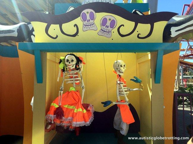 Spooky Times at Knott's Berry Farm dia de los muertos