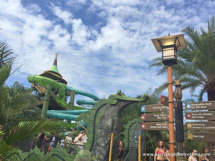 Universal Studios Volcano Bay™ Tips view