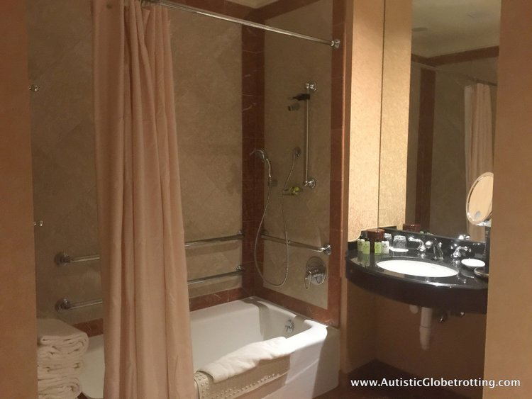Another thing that amazed me was the immaculately clean room. the bathroom