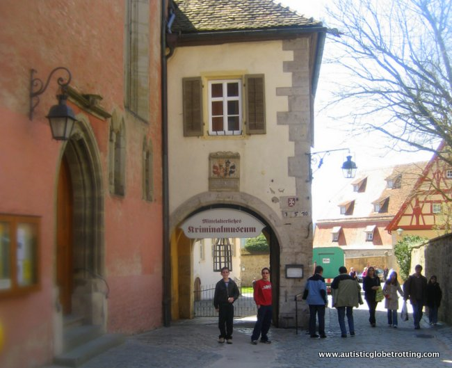 Top Four Family Friendly Spots On Germany's Romantic Road arch