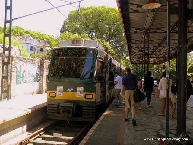 Tips to Booking Guided Tours for Families with Autism rail