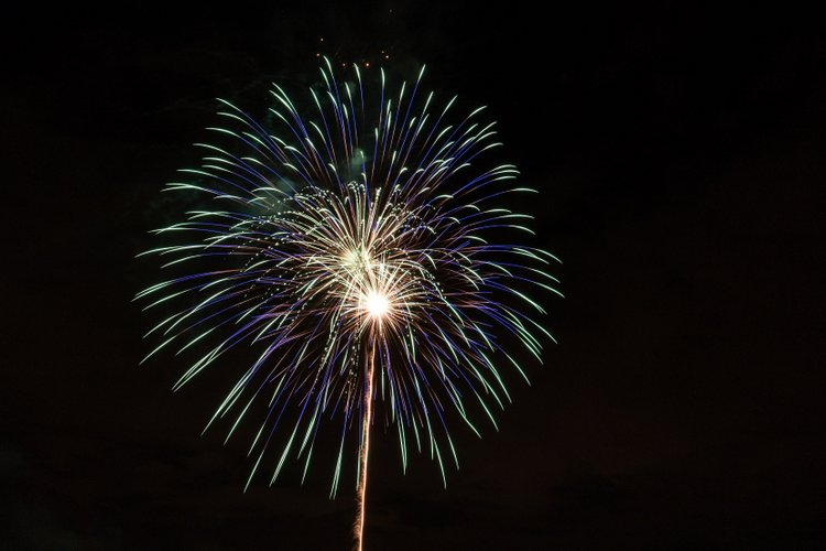 8 Best Cities to Celebrate July 4th Fireworks trio beam