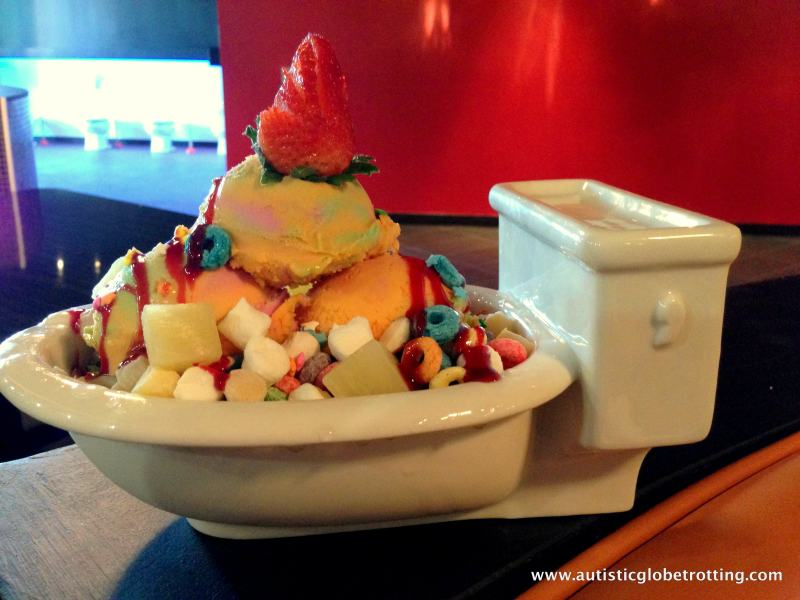 Magic Restroom Cafe:Dessert In The Toilet