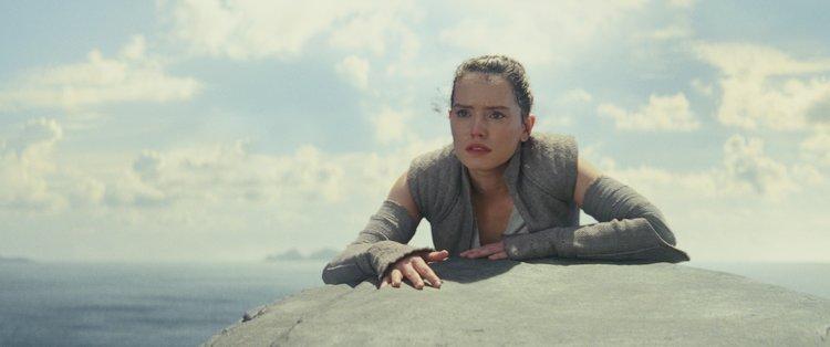 Rey arriving to Luke Skywalker's hideaway