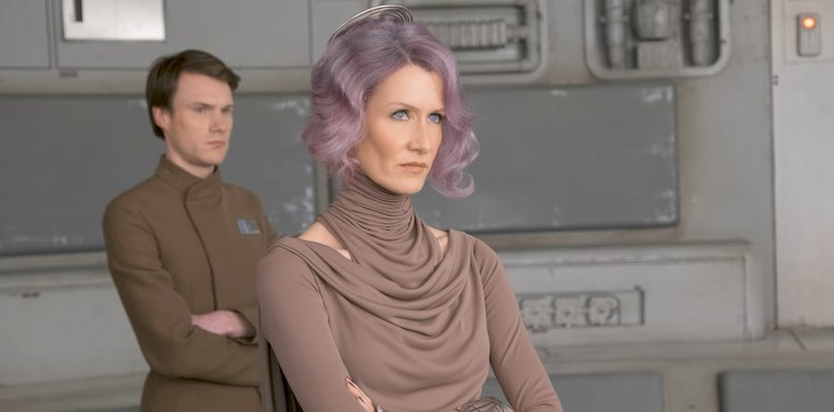 Amilyn Holdo in the last jedi is a badass commander with strong morals