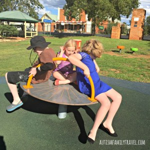 Rest stop on a road trip at Dunedoo - www.autismfamilytravel.com