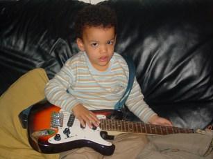 ares guitarra elett 12.04 002