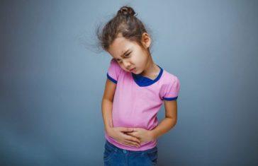 Remedios-naturales-para-el-dolor-de-barriga-en-niños-e1479485345889-700x452