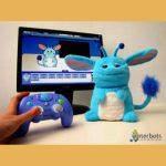Popchilla, el Robot juguete con grandes orejas que ayuda al estudio del Autismo.