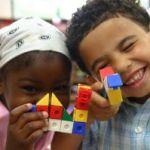 ¿Emigrar incrementa el riesgo de tener hijos con Autismo?