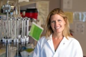 Karen Parker y sus colegas encontraron que los niveles sanguíneos de oxitocina, una hormona que afecta el funcionamiento social, fueron similares entre los niños con autismo y sin autismo. Foto: Norbert von der Groeben