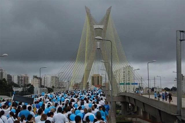 _0008_2011_caminhada_aer