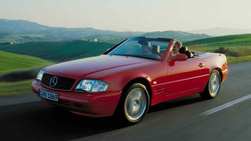 CLASSIC CAR MERCEDES-BENZ SL