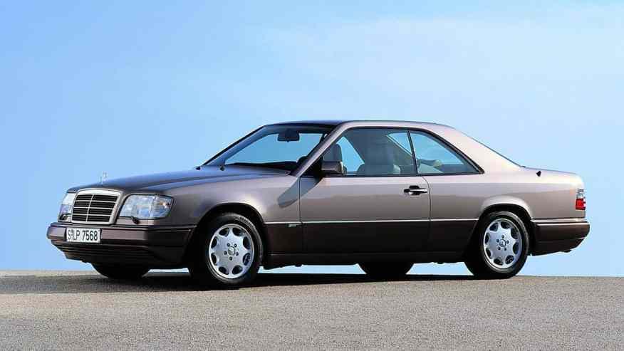 CLASSIC CAR MERCEDES W124