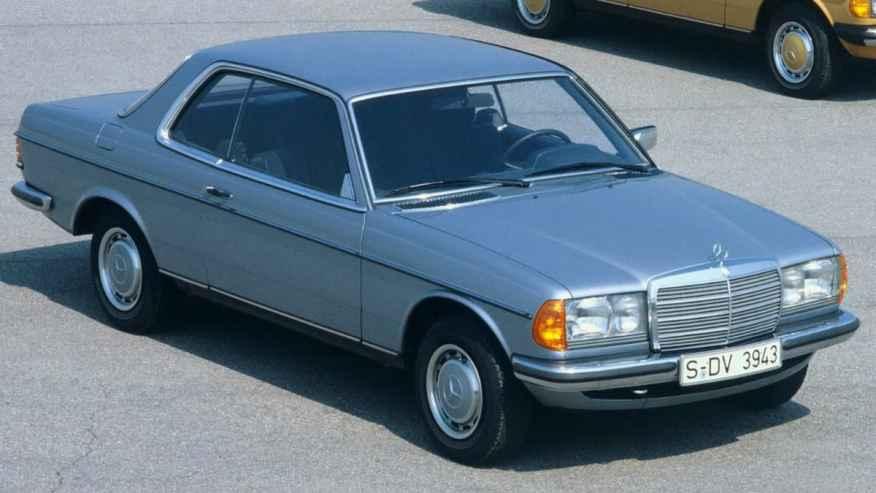 CLASSIC CAR MERCEDES W123 CE