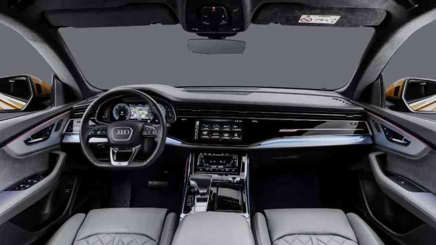 PREMIUM SUV AUDI Q8