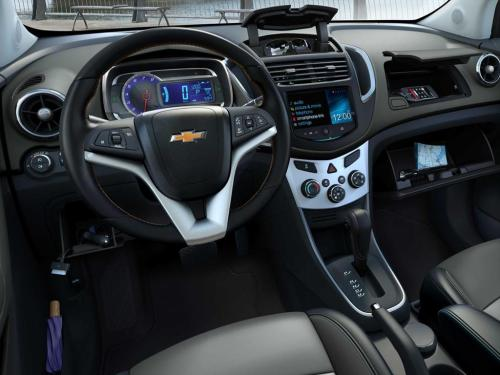small resolution of cars chevrolet tracker 4