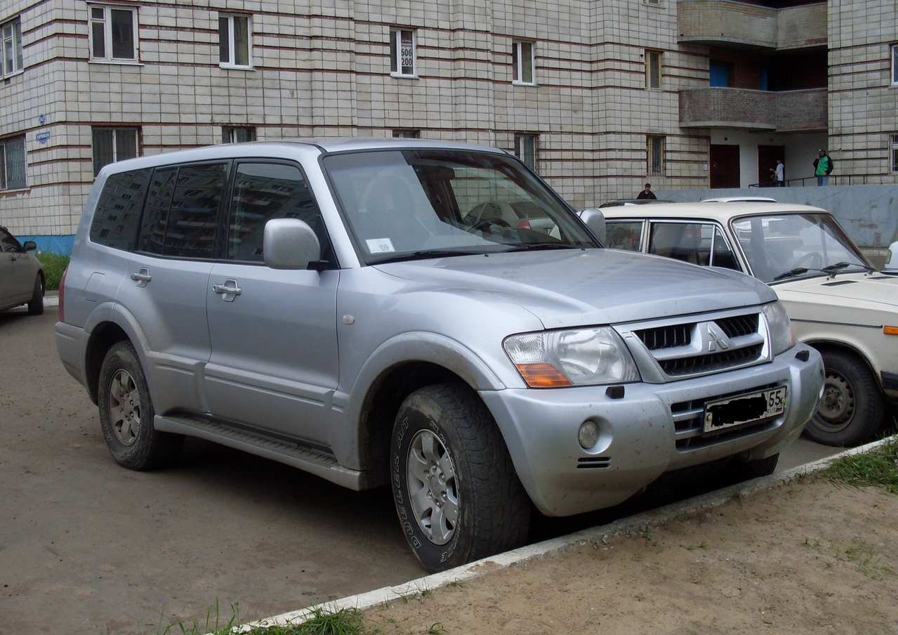 hight resolution of 2004 mitsubishi pajero iii pictures information and specs auto gold 2003 mitsubishi montero fuse box
