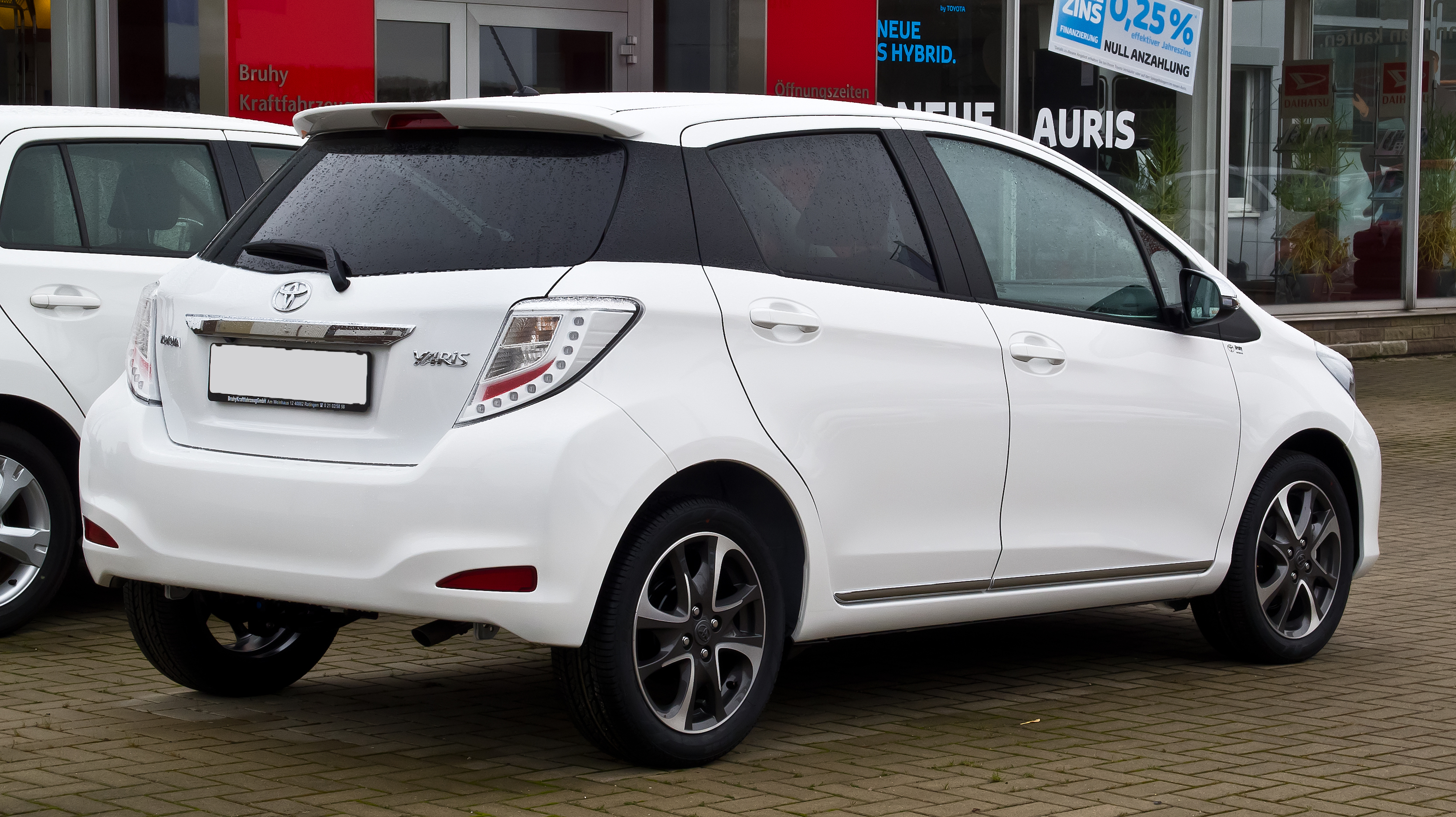 toyota yaris trd 2013 bekas double din grand new veloz iii  pictures information and specs