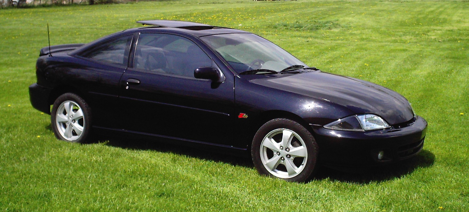 hight resolution of chevrolet cavalier coupe j 2000 7