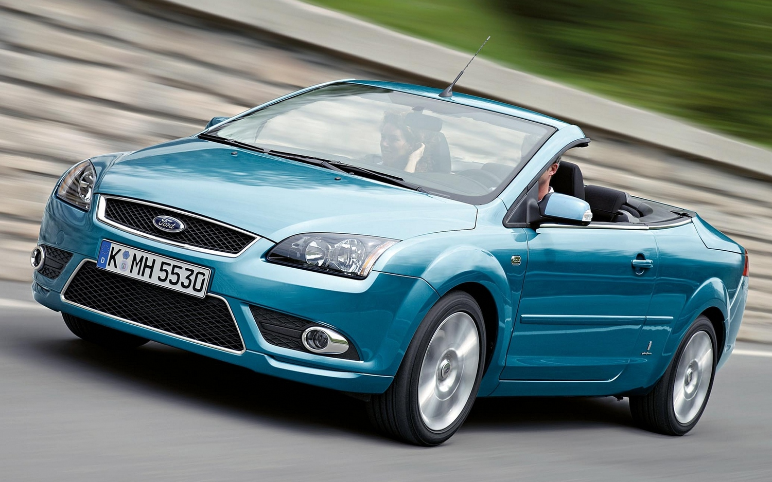 2015 Ford Focus coupe cabriolet ii – pictures. information and specs - Auto-Database.com