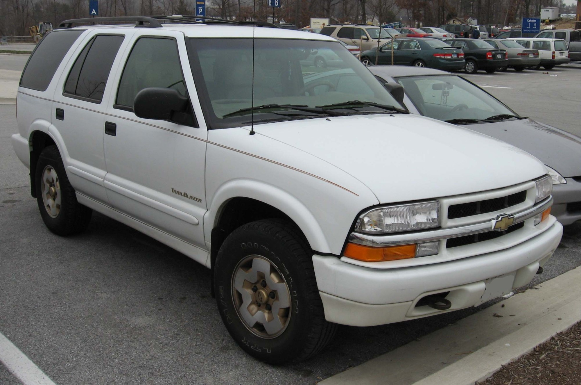 hight resolution of gmc envoy gmt330 2000 pictures
