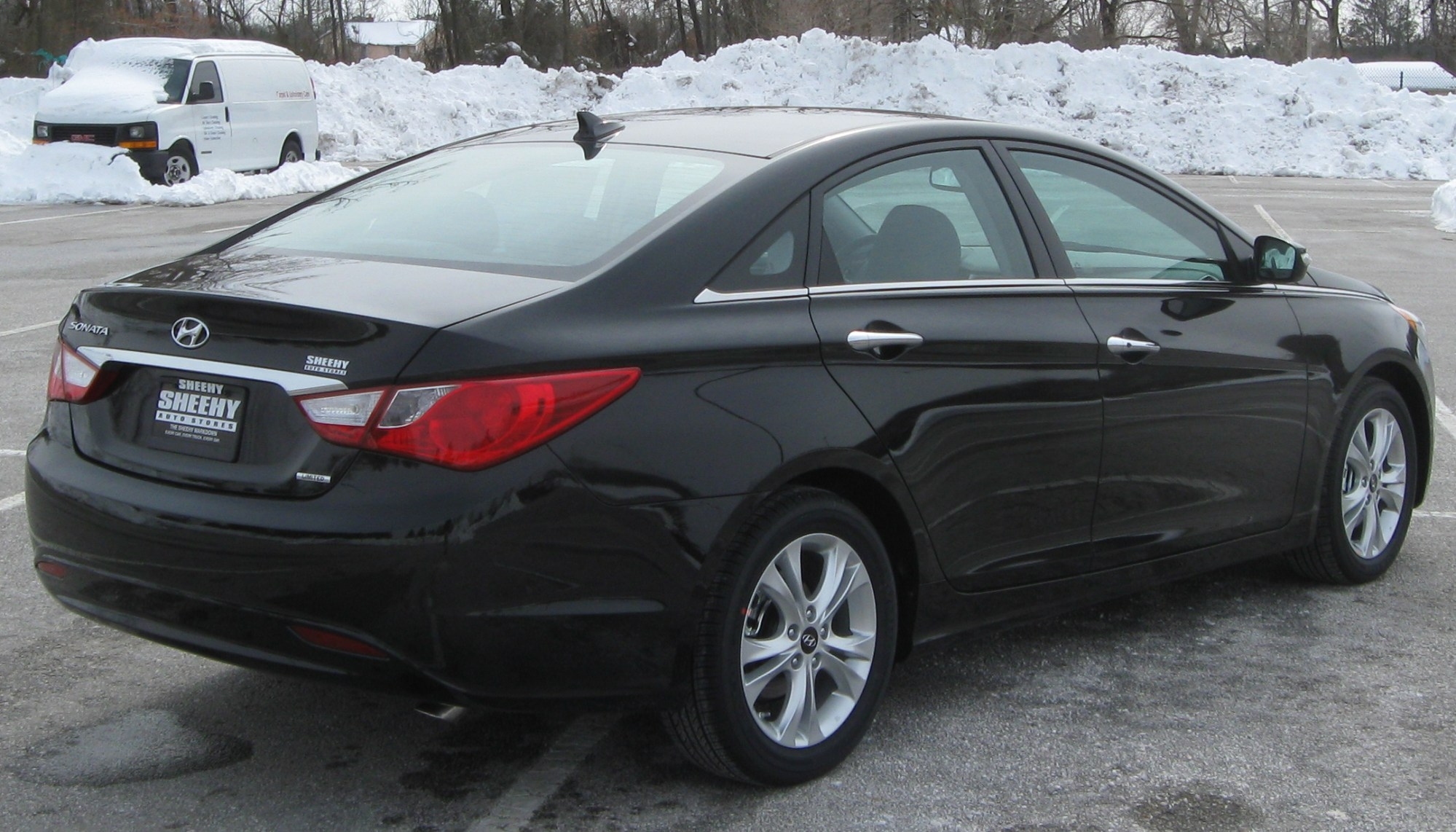 hight resolution of hyundai accent iv 2011 images 6