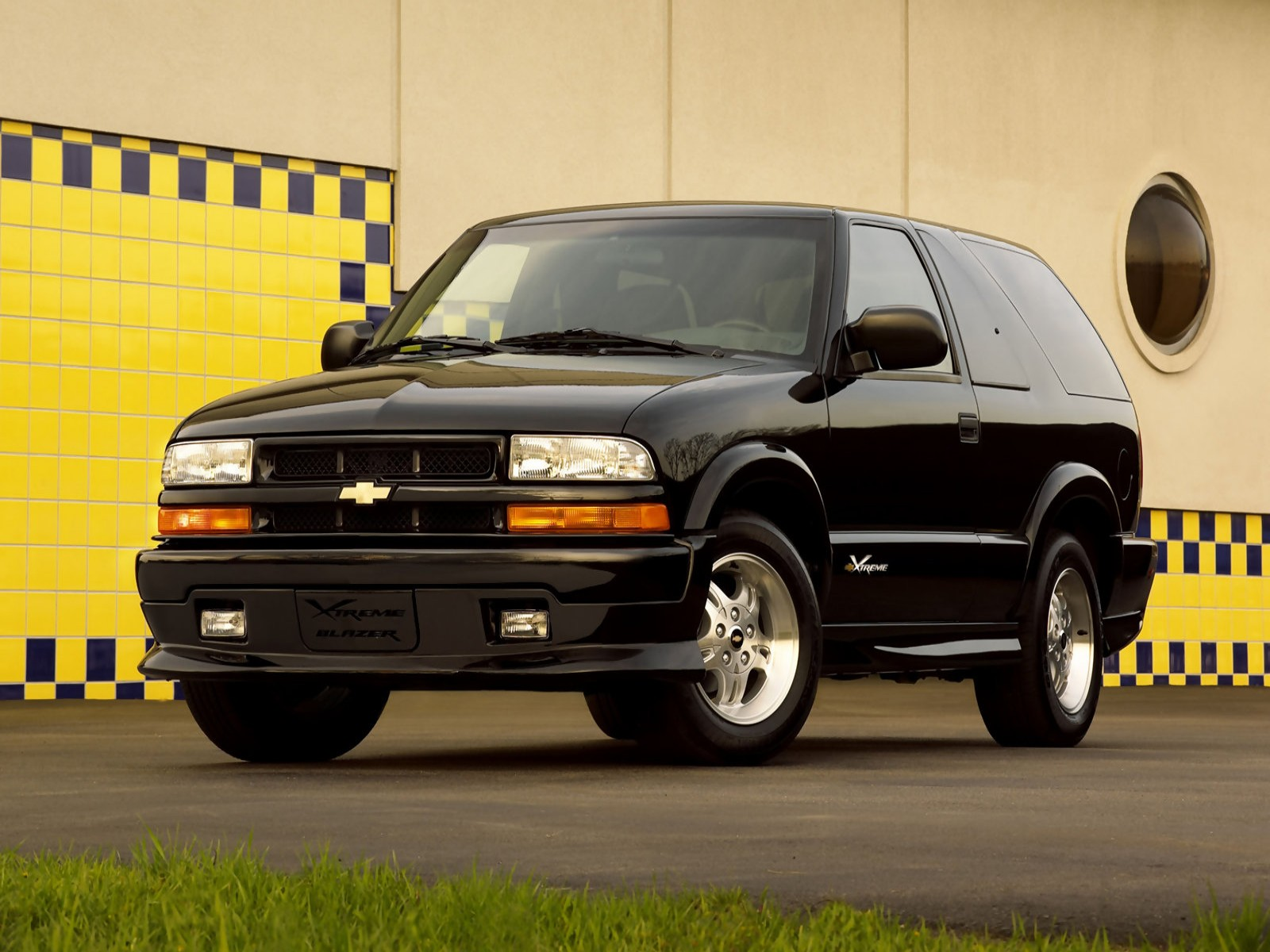 hight resolution of pictures of chevrolet blazer 2002 5
