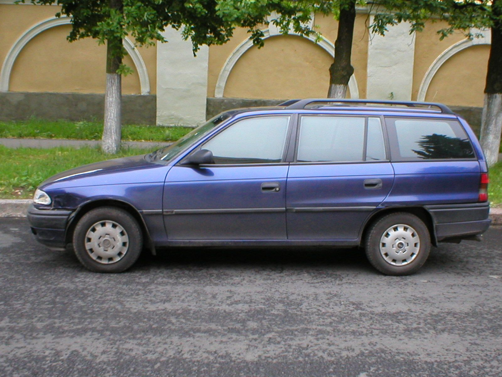 opel astra f 1995 wiring diagram for bathroom fan with timer caravan  pictures information and