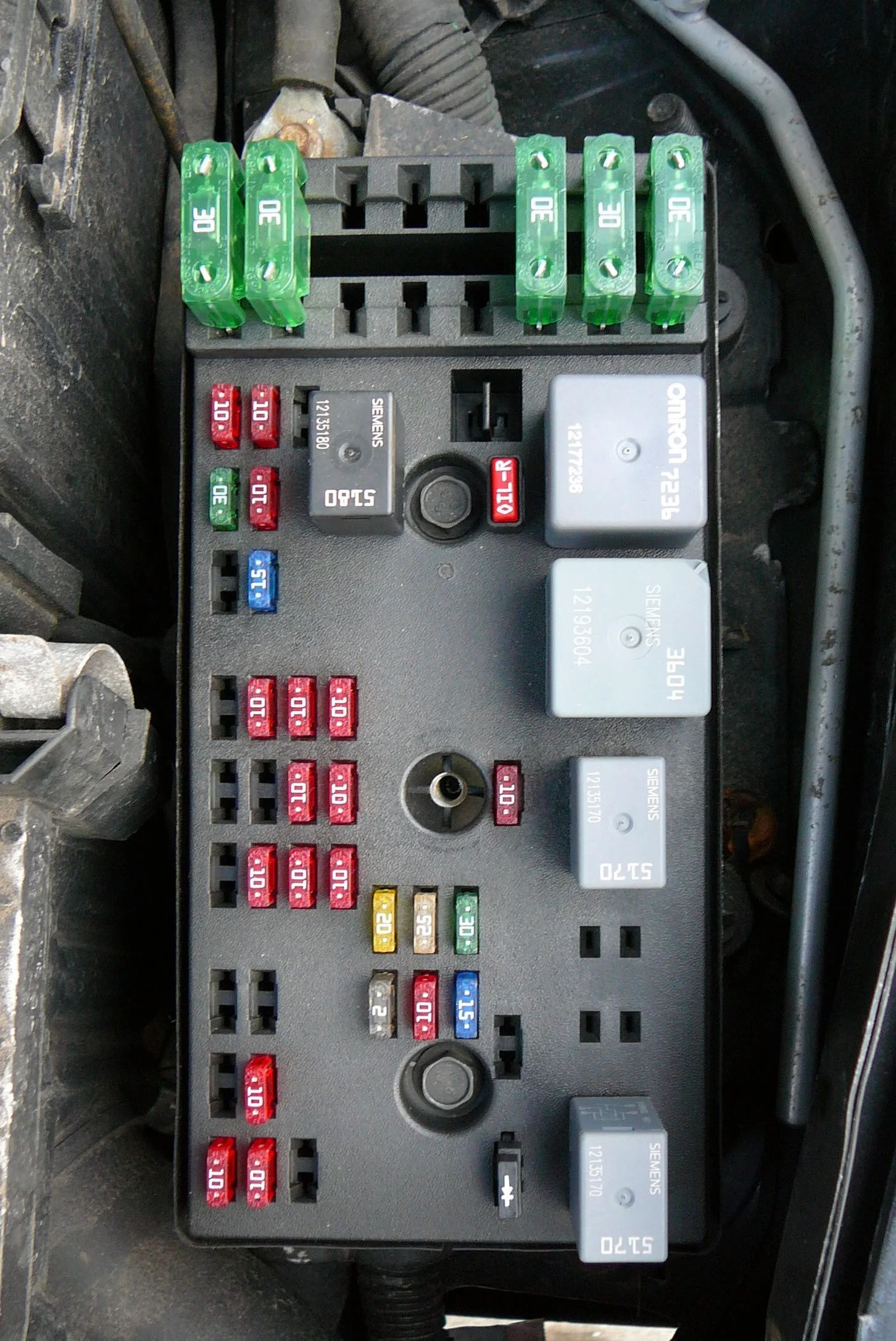 2012 Escape Fuse Diagram 2000 Saturn Sl 55 Type Pictures Information And Specs