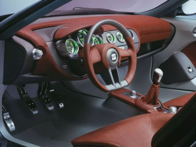 koncept-SEAT-Tango-3
