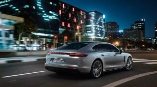 Porsche-Panamera-Turbo-S-E-Hybrid- (4)