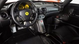 Ferrari_Enzo_Rosso_Dino_2017_prvni_sada_49_800_600