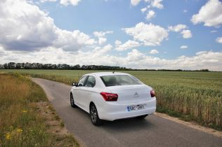 test-citroen-c-elysee-16-vti-eat6- (11)