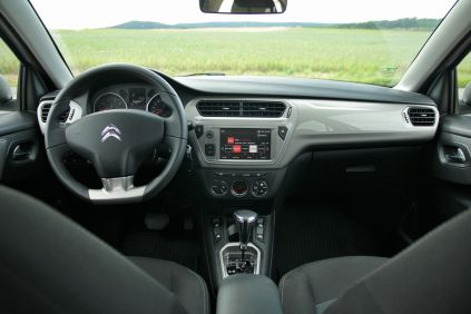 test-citroen-c-elysee-16-vti-eat6- (24)