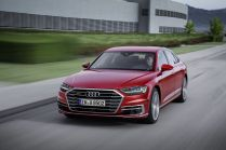 2018-Audi-A8- (9)