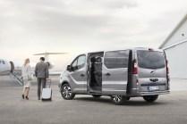 Opel-Vivaro-Tourer- (2)