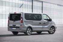 Opel-Vivaro-Tourer- (6)