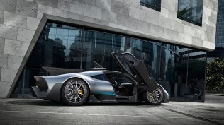 11-mercedes-amg-project-one-1
