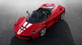 210-kus-Ferrari-LaFerrari-Aperta-aukce-1