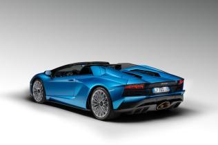 Lamborghini-Aventador-S-Roadster-4