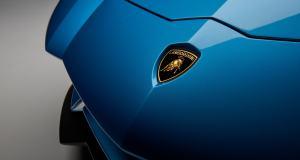 Lamborghini-Aventador-S-Roadster-6