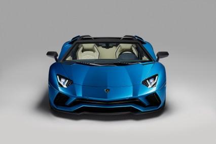 Lamborghini-Aventador-S-Roadster_11