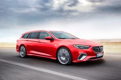 Opel-Insignia-GSi-Sports-Tourer- (1)
